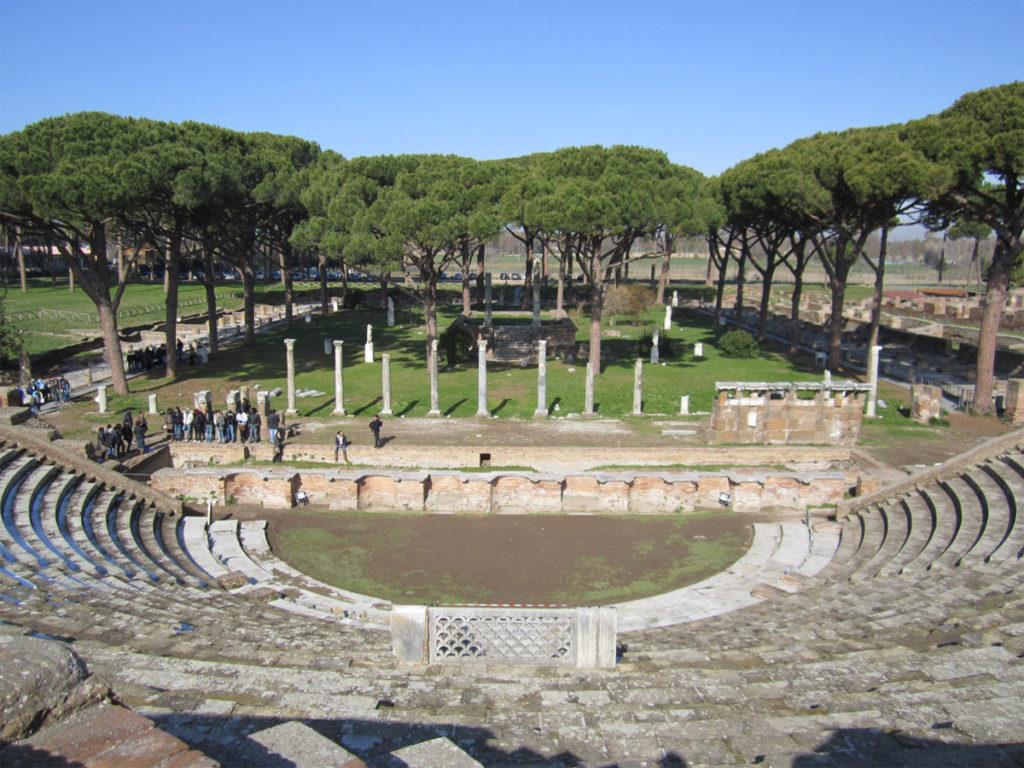 Alle porte di roma tivoli ostia colli albani for Emmerre arredamenti ostia antica orari